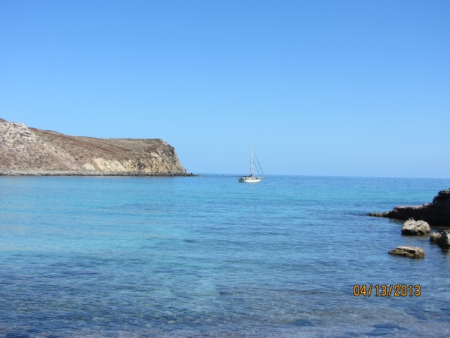 Anchored all by ourselves at La Lancha, protected from the south winds